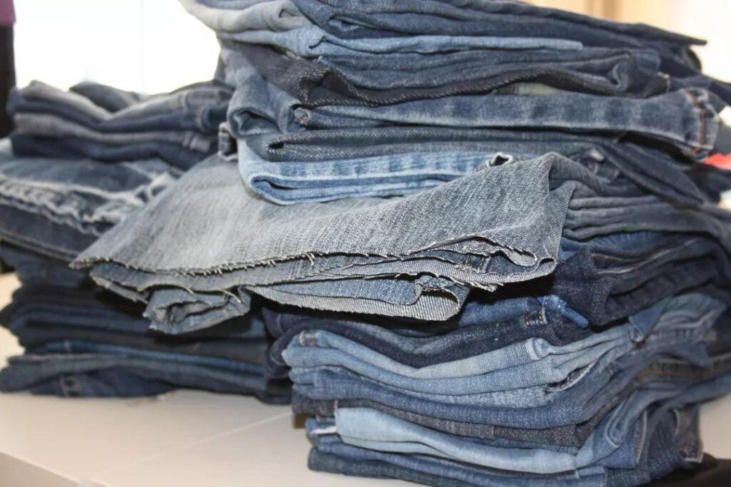 Recycling denim fabric